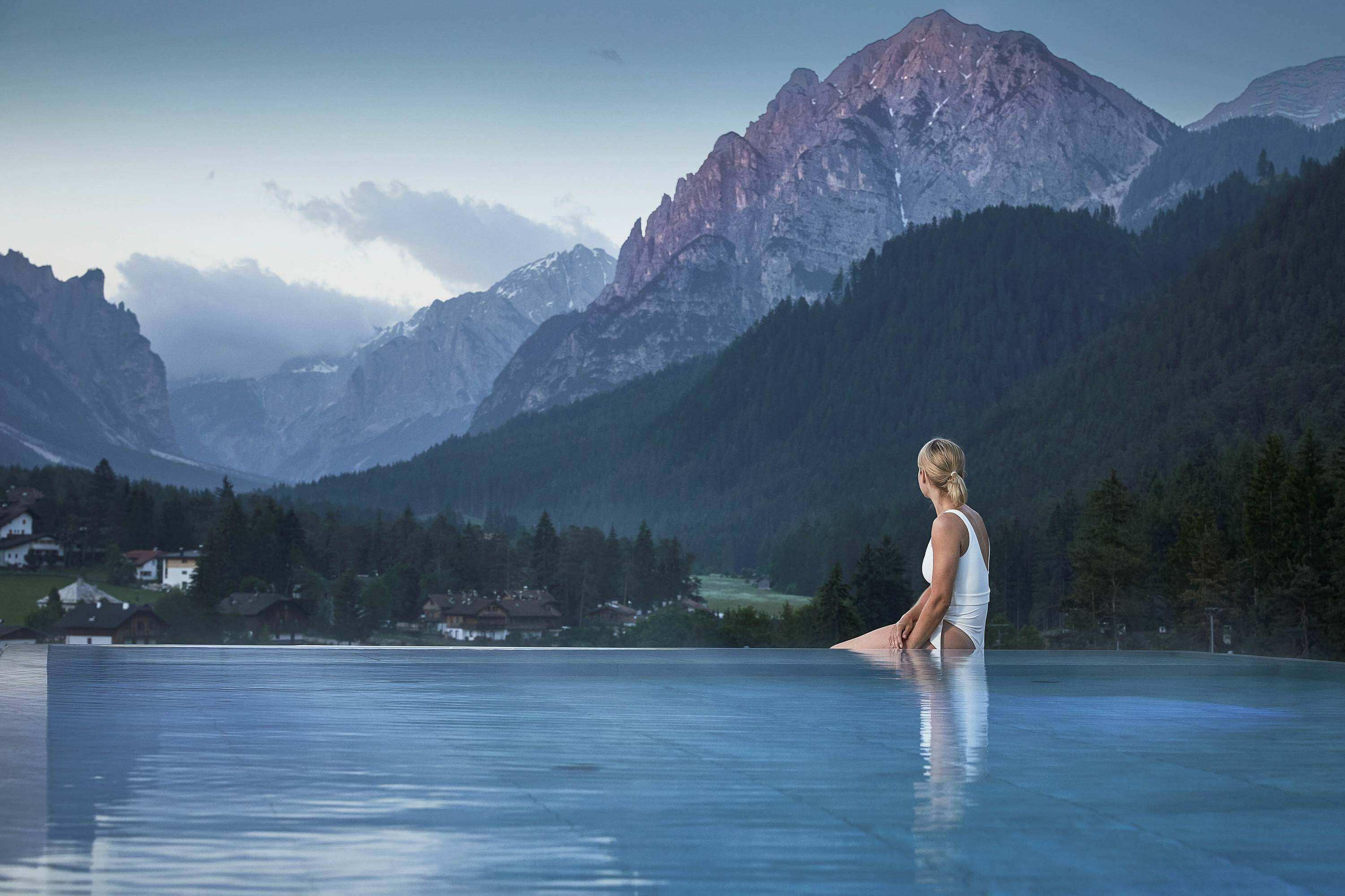 Excelsior Dolomites Life Resort – wellness and ski hotel directly on the slopes of the Plan de Corones in South Tyrol
