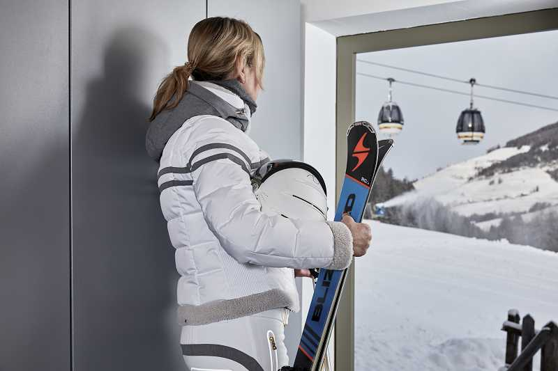 NEW: SKI ROOM WITH DIRECT ACCESS TO THE SLOPES